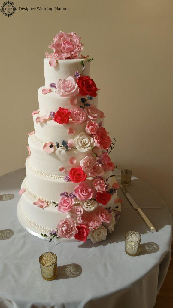 Wedding at Millbridge Court in Surrey - The Pretty Wedding Cake
