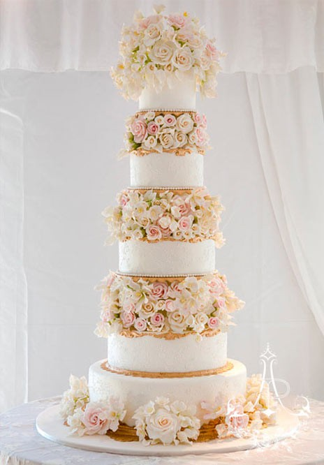 Tall Wedding Cakes